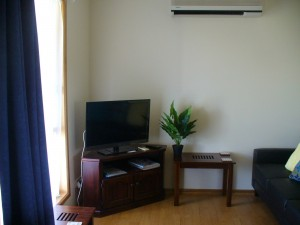 1 lounge area
